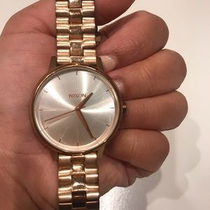 SMALL KENSINGTON NIXON WATCH , 32 MM